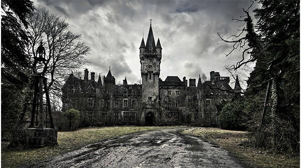 halloween-castello1.jpg